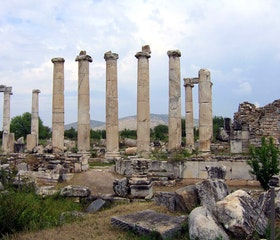 Travel to Pamukkale (Cotton Castle) and Aphrodisias