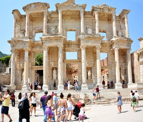 Travel to Ephesus Ruins and Selcuk Ephesus Museum